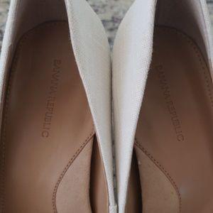 Banana Republic Shoes - Banana Republic Madison 12 Hour Heels 8